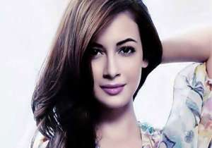 Dia Mirza birthday- India Tv