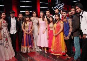 Varun and Alia- India Tv