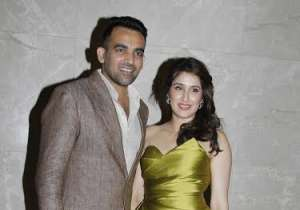 Cricketer Zaheer Khan officially got engaged to actress- India Tv