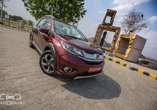 Honda will be launching the BRV on May 05, 2016. The car flaunts projector headlamps, diamond cut alloys and family front fascia on the outside. The interiors include -- automatic climate control, foldable third row seats, etc. Mechanically, the vehicle will be offered with both the diesel and petrol power plants. The 1.5-litre petrol generates 118bhp with a peak torque of 145Nm and the 1.5-litre diesel pumps out 99bhp with 200Nm of torque. The car has achieved a 5-star rating at the ASEAN NCAP crash test. It is expected to be priced competitively and will lock horns with the likes of the Hyundai Creta and the Renault Duster.