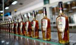 The SC order has hit sales of liquor along highways- India Tv