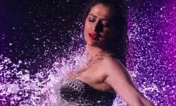 Julie 2 Maala Seenha song featuring raai laxmi