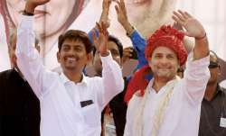 Rahul Gandhi with Alpesh Thakor who during a public meeting