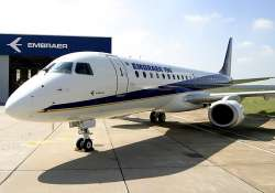 FILE:An Embraer aircraft