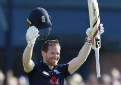 Eoin Morgan ton sets up England win over South Africa in