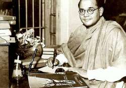 Subhas Chandra Bose didn't die in air crash, was alive in- India Tv