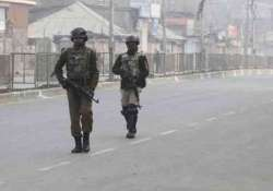 Civilian killed in clashes in Pulwama, internet services