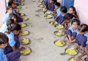 mid-day meal- India Tv