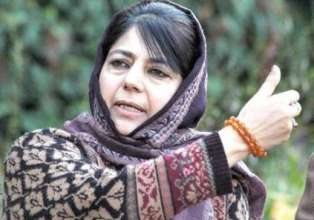 CM Mehbooba Mufti condemns Jamia Masjid cop lynching- India Tv