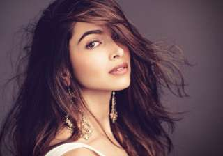 Deepika Padukone will not sizzle in Cannes Film...
