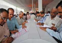 budget 2014 tax exemption limit raised to rs 2.5 lakh