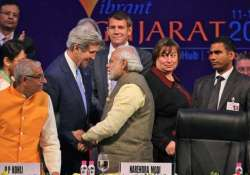 vibrant gujarat summit 31 mous signed on day 1