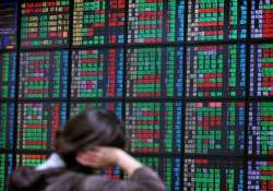asian stock markets sink after greece closes banks