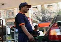 oil cos may cut petrol price by rs 1.75/l next week- India Tv