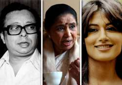 chitrangda may play asha bhosle s role in soumik sen s film
