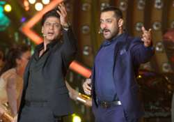 confirmed sultan salman to clash with raees shah rukh on
