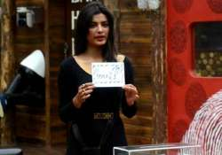 bigg boss 8 day 92 sonali becomes captain with unanimous