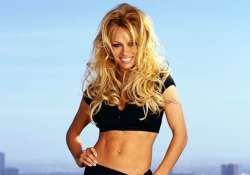 pamela anderson still hot thinks david hasselhoff