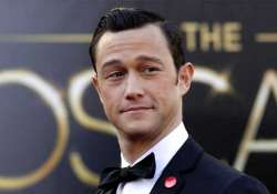 go for dates without checklist suggests gordon levitt