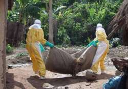 ebola death toll climbs to 2 461 who