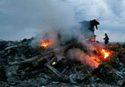 netherlands deploys more experts to probe mh17 crash