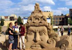 indian artist wins award at sand sculpting world cup