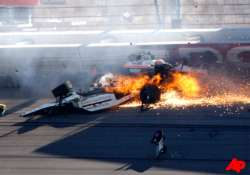 indy 500 winner wheldon dies in massive wreck