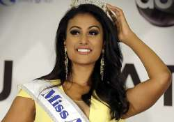 new miss america puts indian american community into