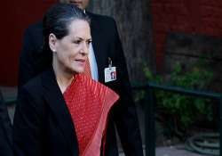 sikh group delivers us court summons to sonia gandhi