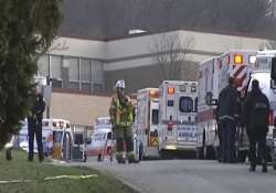 student stabs 22 people in us high school