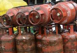 govt rules out rollback of cap on subsidized lpg cylinders