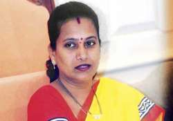 mumbai mayor calls swine flu a heart disease