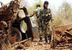 maoists place bomb inside stomach of dead crpf trooper