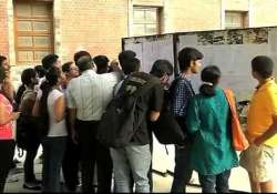 see delhi university s first cut off list