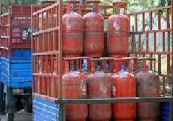subsidised lpg cylinders to be delinked from aadhaar in hp