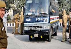 two delhi police personnel dismissed for rape attempt