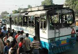 15 buses vandalised in gurgaon over student s death