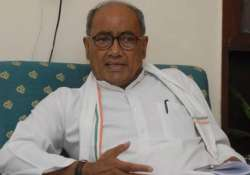swachh bharat abhiyan digvijay singh comes out in defence