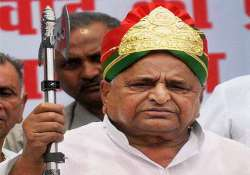 mulayam not even fit to sweep pm s residence forget being