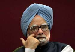 pm seeks cooperation of states in tackling naxalism