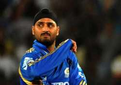 harbhajan refuses to comment on sreesanth claims on slapgate