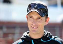 shane bond to quit as new zealand bowling coach