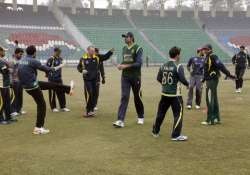 world cup 2015 pakistan team barred from social media wives