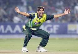 pakistan s sohail tanveer ruled out of world cup
