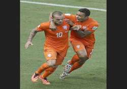 fifa world cup memphis depay starts for dutch against costa