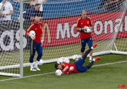 spain and italy set for euro 2012 final on sunday