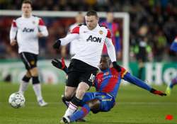 wounded man united hoping for premier league lift