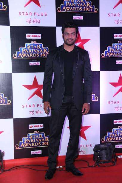 Keith Sequeira, who plays the lead role in Love Ka Hai Intezaar looked super stylish as he posed for the camera.