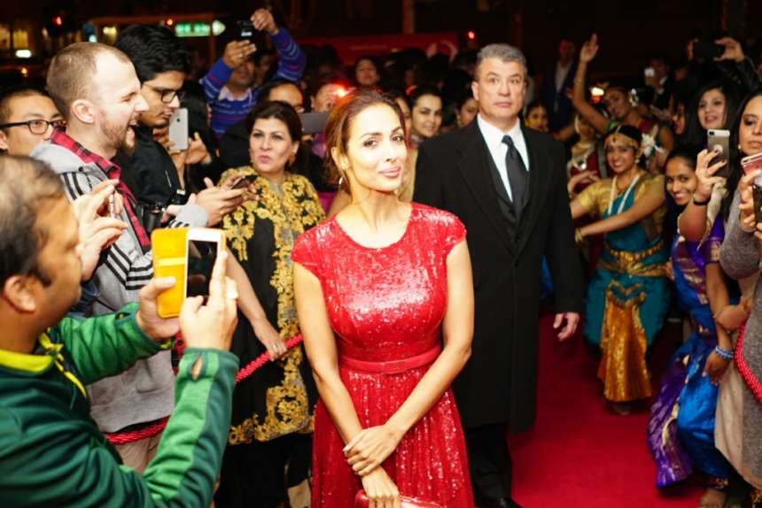 Actress Malaika Arora also attended the award function. She was spotted in red dress. She looks ravishing in her attire.