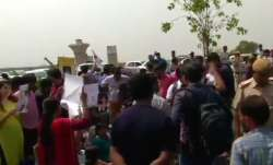 Class 9 student suicide: Protesters demand arrest of